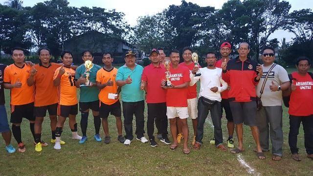 Kalahkan Abiansemal FC, PS Garuda Dalung Menangkan Serasi Cup 2018