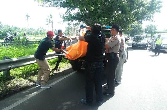 Pemilik Warung Lesehan di Lebih Temukan Mayat Dalam Mobil