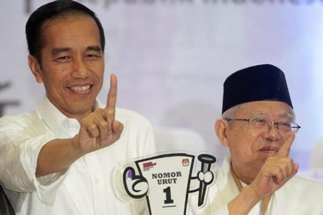 Istri Purnawirawan TNI AL Bertekad Menangkan Jokowi – Ma'ruf Amin