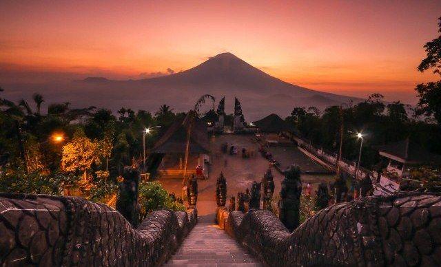 Karangasem Suguhkan Pariwisata Berbasis Desa Adat