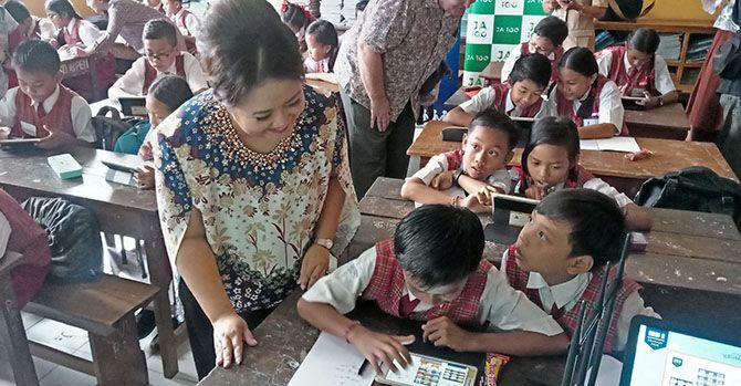 Citi Indonesia Berikan Literasi Keuangan di SD 18 Pemecutan