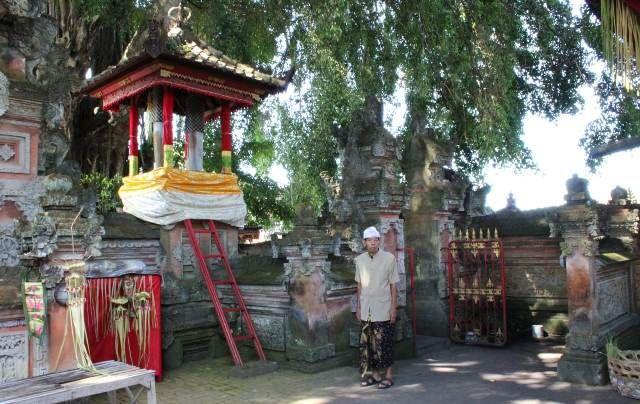 Pura Pesiwan Pande Tempat Sucikan Bhuana Alit