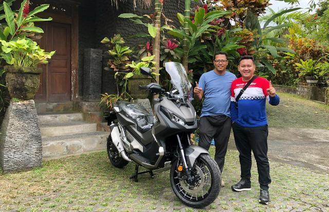Serahkan 5 Honda X-ADV kepada Konsumen Pertama