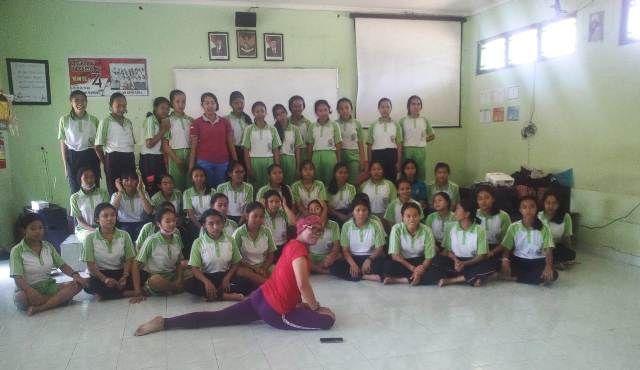 Gelar Pengabdian Masyarakat, STKIP AH Singaraja Sasar Sekolah