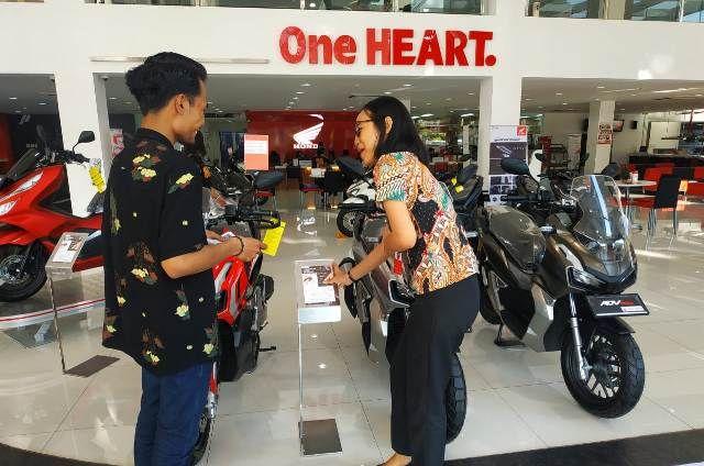 Beli Motor Honda Secara Tunai, Gratis Asuransi Setahun