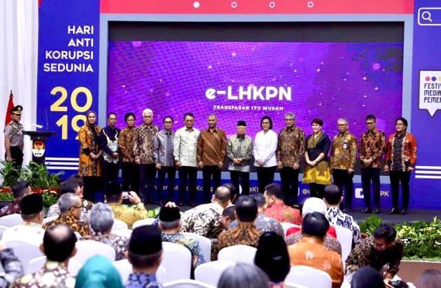 Bupati Giri Prasta Terima Penghargaan Anugerah LHKPN dari KPK RI