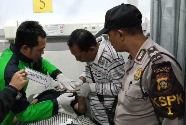 Ditinggal Pacar Kerja, Pegawai Asal Seririt Gantung Diri di Batubulan