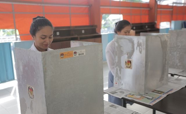 Pemilihan Ketua OSIS SMK Pariwisata Dalung Gunakan Sistem Pemilu
