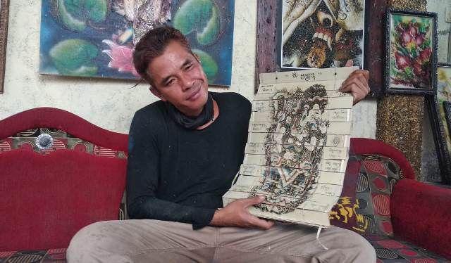 Perajin Lukisan Wayang Nagasepaha Tak Tersentuh Bantuan