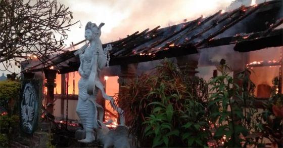 SDN 3 Bajera Kebakaran, Warga Kecewa Tim Damkar Tak Responsif