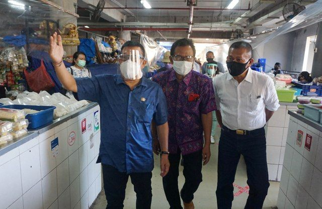 Jelang New Normal, Sekda Rai Iswara Sidak Tiga Pasar