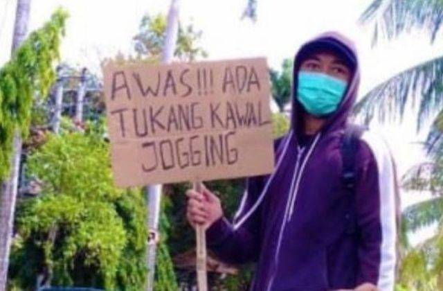 """Demo Bawa Poster 'Awas Ada Tukang Kawal Jogging"""", Siswa Diamankan"""