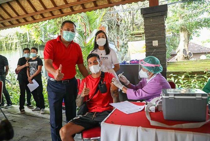 Skuad Bali United Jalani Vaksinasi Pertama di Gianyar