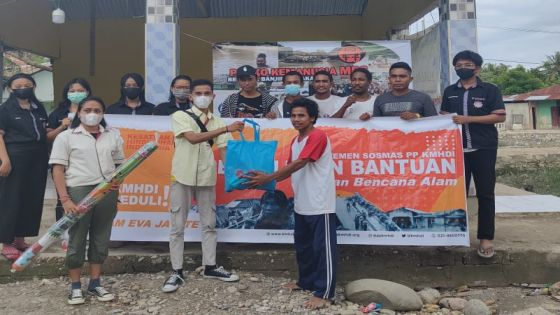 Aksi Peduli, KMHDI Salurkan Bantuan untuk Korban Bencana NTT