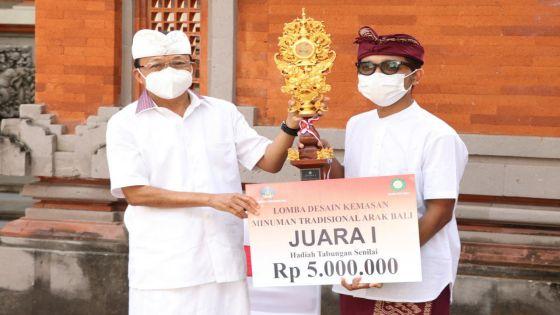 Gubernur Koster Perkuat Branding, Bikin Arak Bali Unggul Berdaya Saing