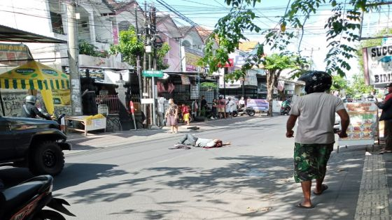 Anggota Ormas Tewas Bersimbah Darah di Jalan, Ditebas Debt Collector