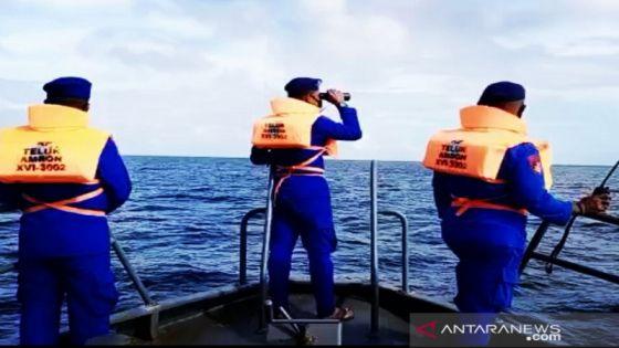 Nihil Temuan, Tim SAR Hentikan Pencarian 25 ABK KM Hentri