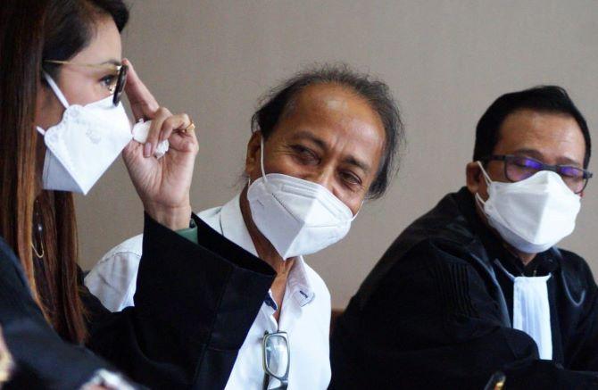 Bersaksi dalam Sidang Kasus Zainal Tayeb, Hedar: Saya Rugi Besar