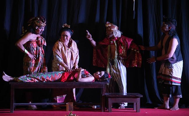 drama gong, romeo and juliet, teater selem putih
