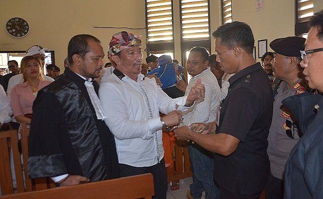 Ketut Ismaya,  Keris,  Kejari Denpasar, Polresta Denpasar, Caleg DPD RI, Pileg 2019, PN Denpasar, kejari Denpasar,
