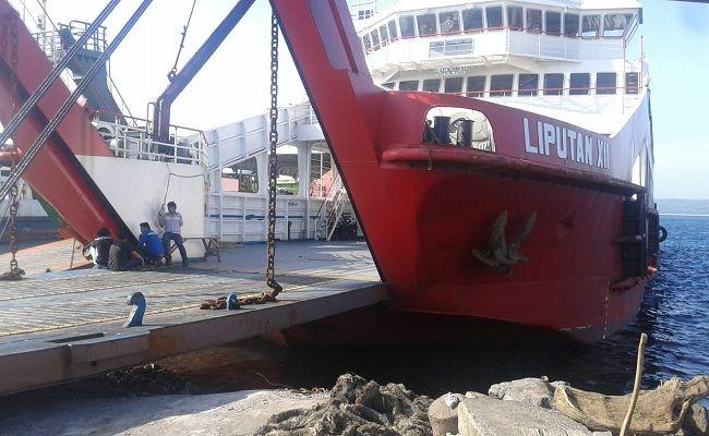 Kapal kandas, KMP Liputan XII Kandas, Pelabuhan Gilimanuk Bali, Syahbandar Gilimanuk, Selat Bali,