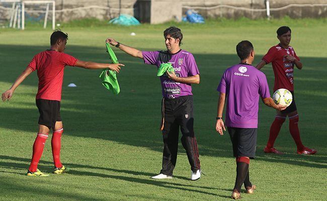 bali united, piala indonesia, persela lamongan, match fixing, coach teco