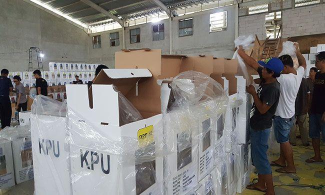 pemilu 2019, packing logistik, penyebaran c6, coblosan ditunda, kpu buleleng
