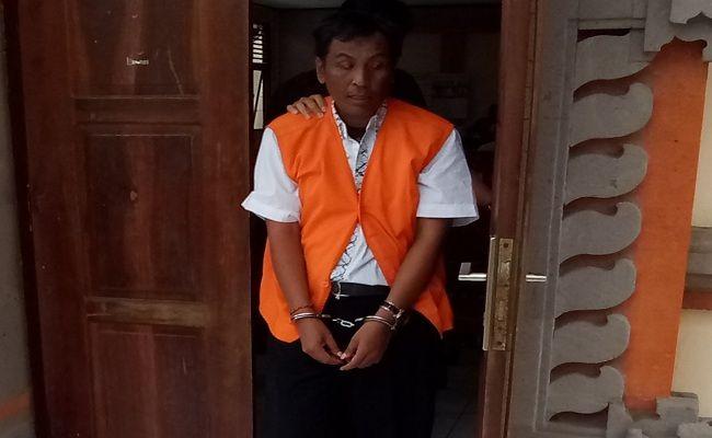 dukun cabul, kasus perkosaan gadis, PN Denpasar, undang leak, dukun perkosa gadis,