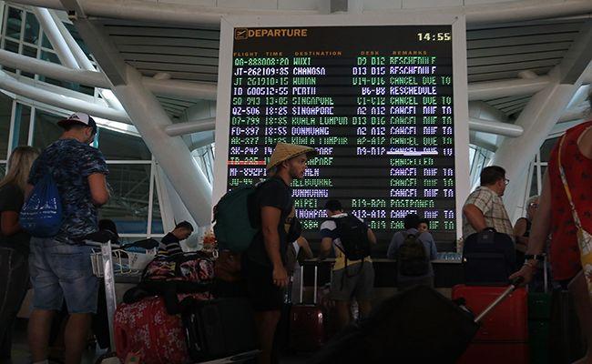 turis asing, bandara ngurah rai, turis tiongkok dominasi