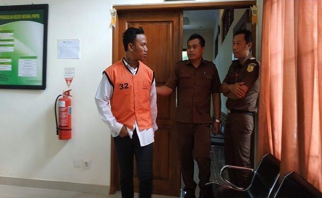 tahanan berulah, makan kotoran sendiri, Rutan Negara, Kejari Jembrana, PN Negara, Terdakwa curanmor,