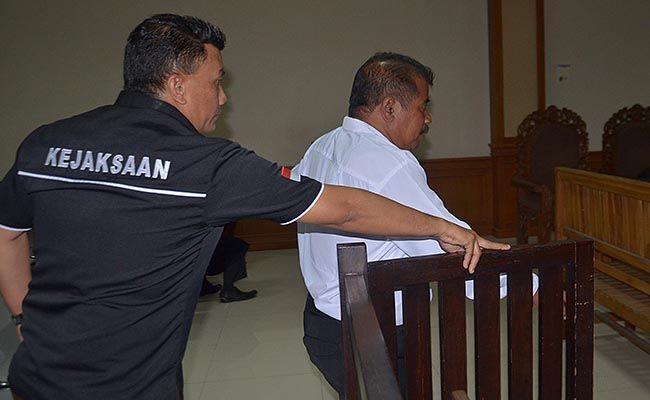 tilep duit nasabah, sidang putusan, ketua lpd pacung, pengadilan tipikor denpasar