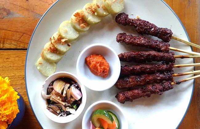 gourmet sate house, klaus ullrich, makan sate, lezatnya sate, kuliner sate, kuliner nusantara, enjoy bali