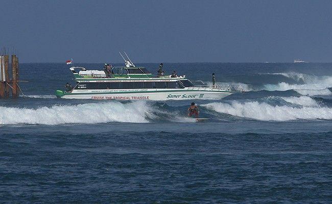 gelombang tinggi, bmkg bali, otoritas pelabuhan