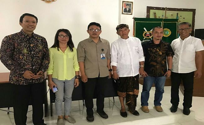 Pengwil INI Bali, Pengwil IPPAT Bali, GCOR 2019, Bersih sungai, Ikatan notaris, yadnya bersama, lingkungan bali, sampah plastik,
