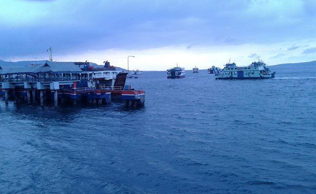 angin kencang, selat bali, pelabuhan gilimanuk, asdp gilimanuk