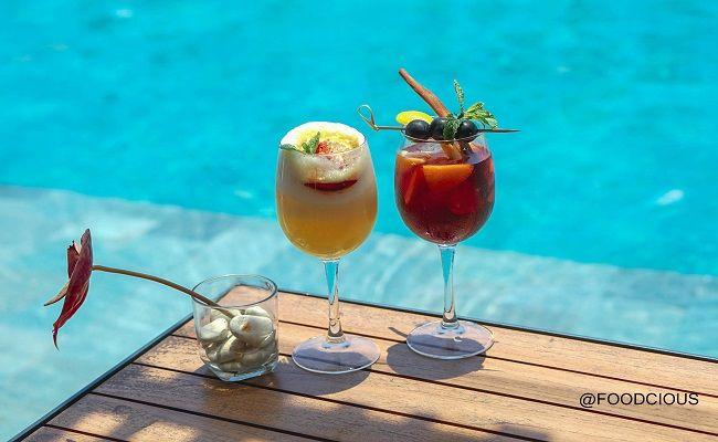 upzscale sky bar, menikmati sunset, aston canggu resort