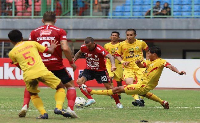 bali united, liga 1, bhayangkara fc, persija jakarta, persebaya surabaya, coach teco
