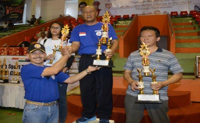 Taekwondo TNI AL, Dinasty TNI AL, kompetisi Taekwondo Internasional, borong juara, Lanal Denpasar Bali, Mabesal, KONI Bali, KONI Badung, Pemkab Badung