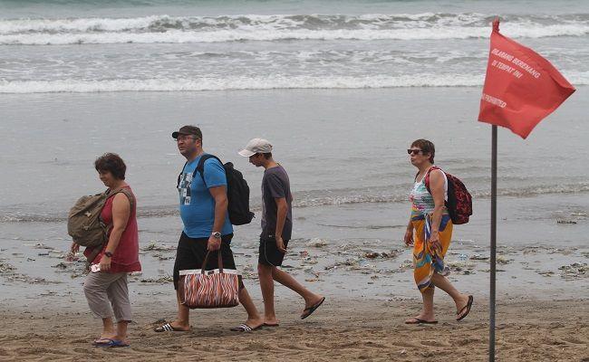 media as, pariwisata bali, tak layak dikunjungi, respons netizen bali, bikin panas