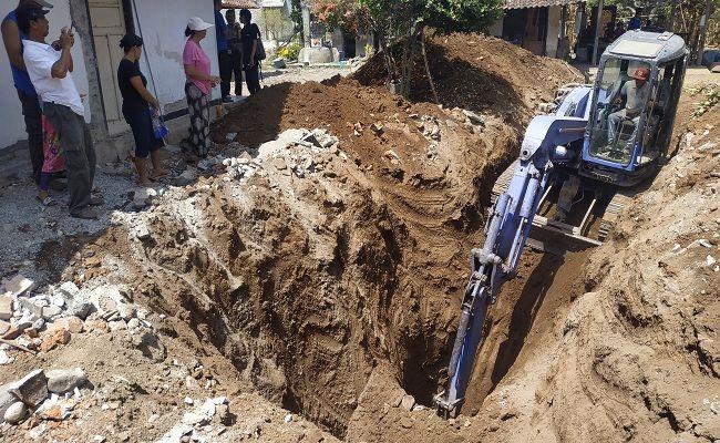 sumur tua angker, pembongkaran sumur tua, korban Gestok, G30S PKI, misteri sumur tua, pembantaian PKI Bali,