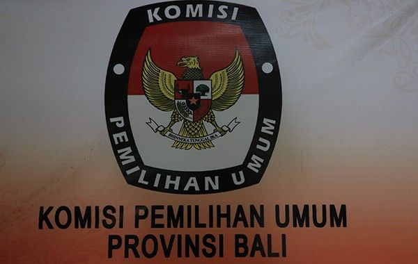 ikuti mk, mahkamah konstitusi, kpu bali, koruptor tak bisa nyalon, tunggu 5 tahun