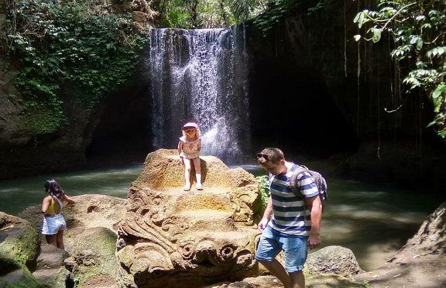 pariwisata bali, suwat waterfall, tutup sementara, libur dua pekan, wabah corona, virus corona