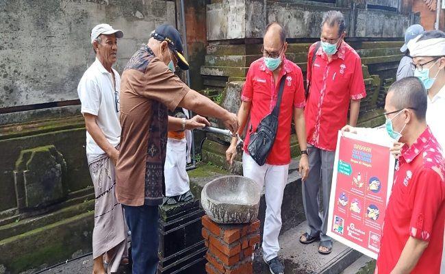 Wayan Sudirta, anggota DPR RI, PDIP Bali, covid-19, wabah corona, aksi sosial, INTI Bali, pemasangan wastafel permanen,