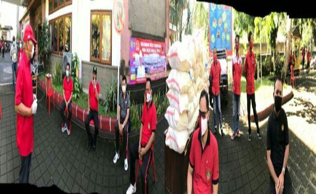 wabah corona, covid-19, Wayan Sudirta SH, PDI Perjuangan Bali, Social Distancing, sumbang beras, warga terdampak covid, Kordem Bali,