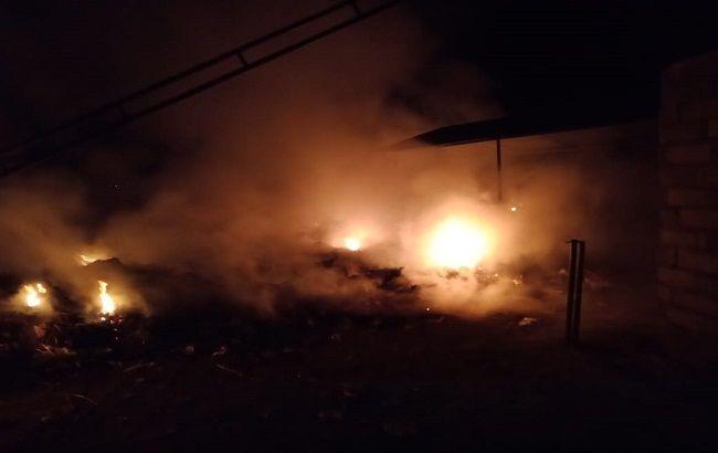 tempat pembuangan sampah, tps desa asak, desa asak karangasem, tps terbakar, pemicu kebakaran misterius, damkar karangasem