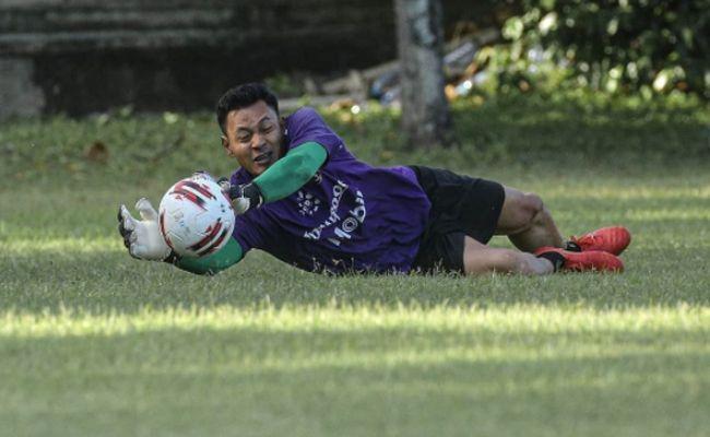 bali united, liga 1, wawan hendrawan, kiper timnas indonesia, puisi ambyar, liga tak jelas