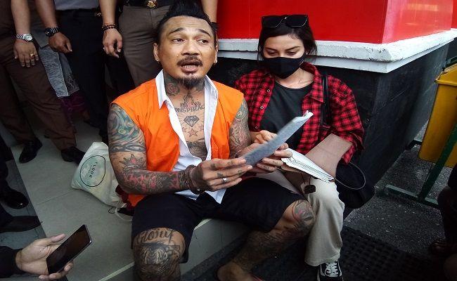 JRX SID, Jerinx, ujaran kebencian, IDI Bali, IDI Kacung WHO, Superman is Dead, dr Suteja, ketua IDI Bali, JRX Dipindah, Lapas Kerobokan, Polda Bali, J