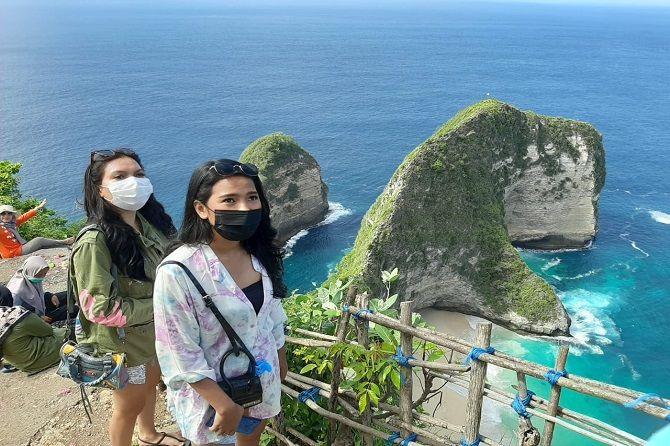 pandemi covid-19, libur nataru, setahun lalu, sejuta turis, pariwisata bali