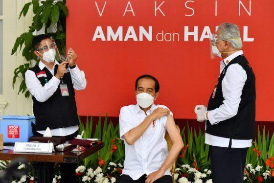 Presiden Jokowi divaksin di Jakarta, Rabu (13/1)