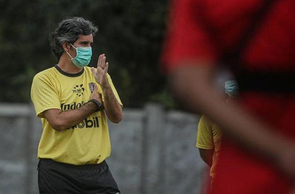 bali united, turnamen pra musim, coach teco, vaksin covid-19